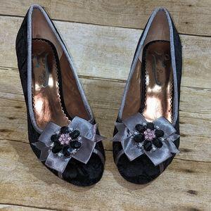 Poetic License Black Crushed Velvet Heels 8
